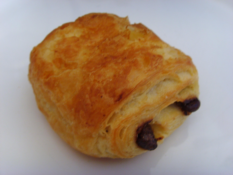Croissants gehören wohl so traditionell zum französischen ...