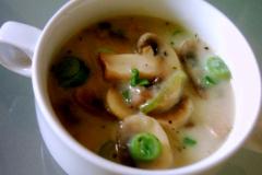 Brühen/Suppen