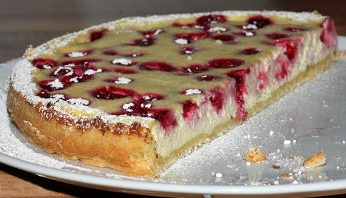 kaesekuchen-mit-frucht_lebenslang_hg
