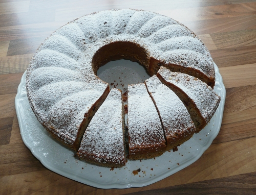 kuchen-ganz_puderzucker_lebenslang