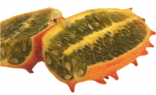 kiwano-aufgeschnitten-2_frei_lebenslang