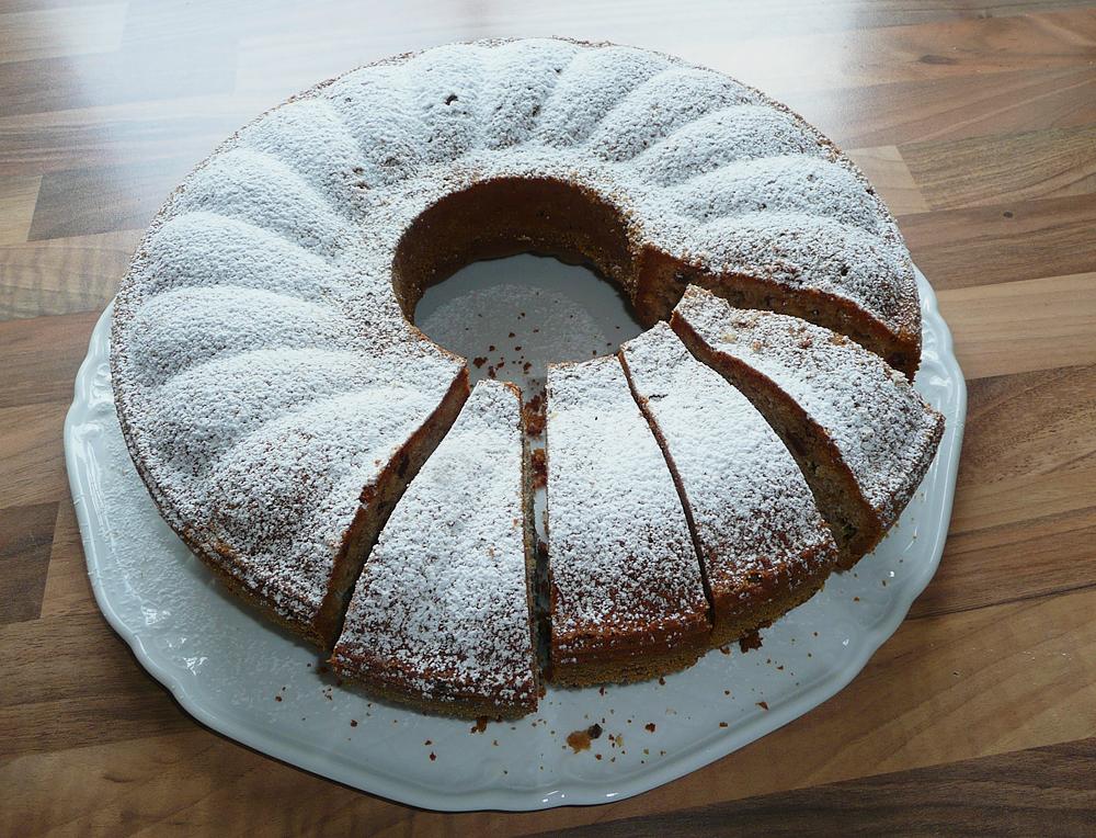 Kuchen ganz_Puderzucker_lebenslang